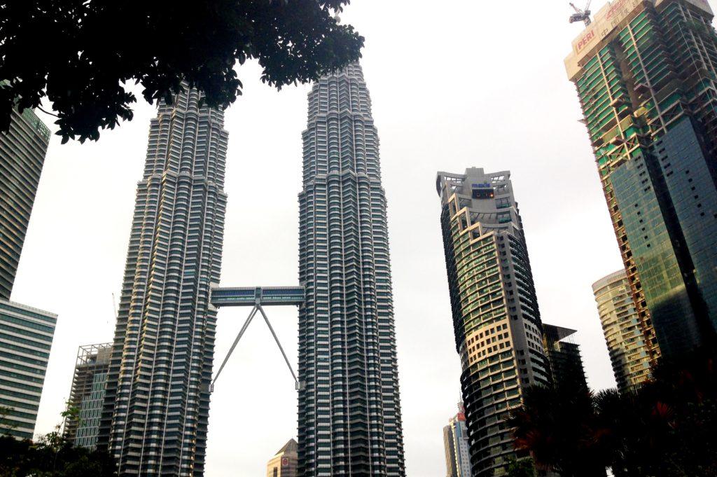 Башни Петронас Куала Лумпур Малайзия