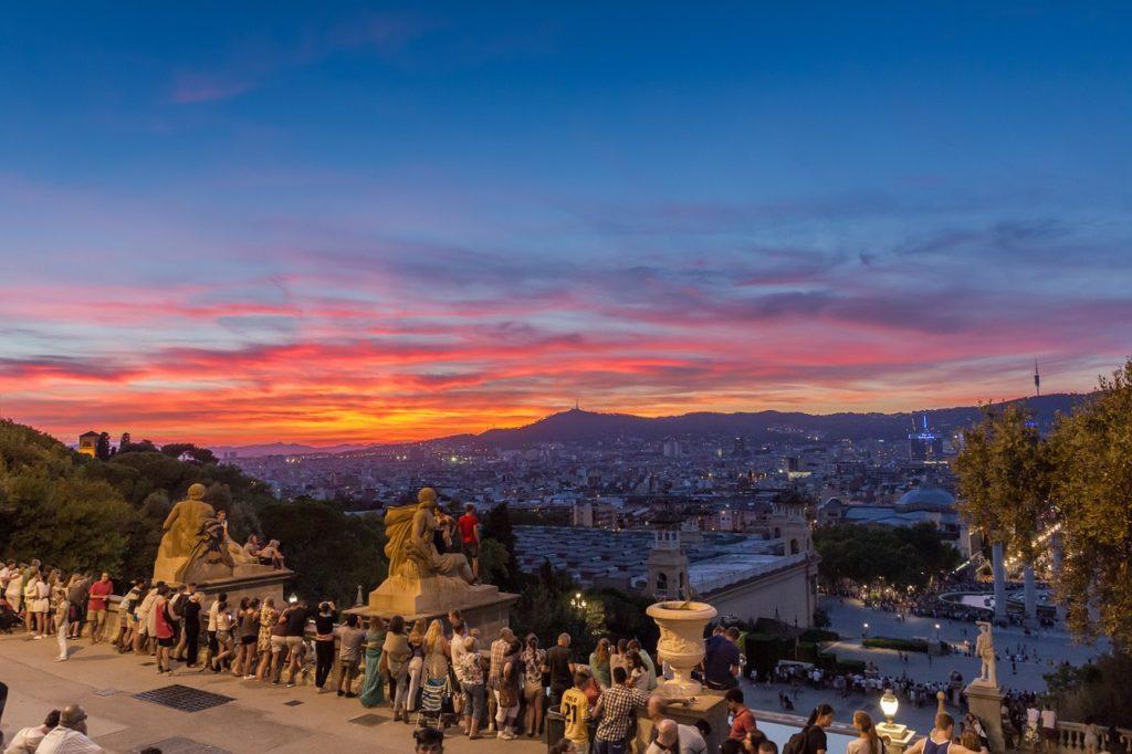 10 уникальных бюджетных мест в Барселоне
