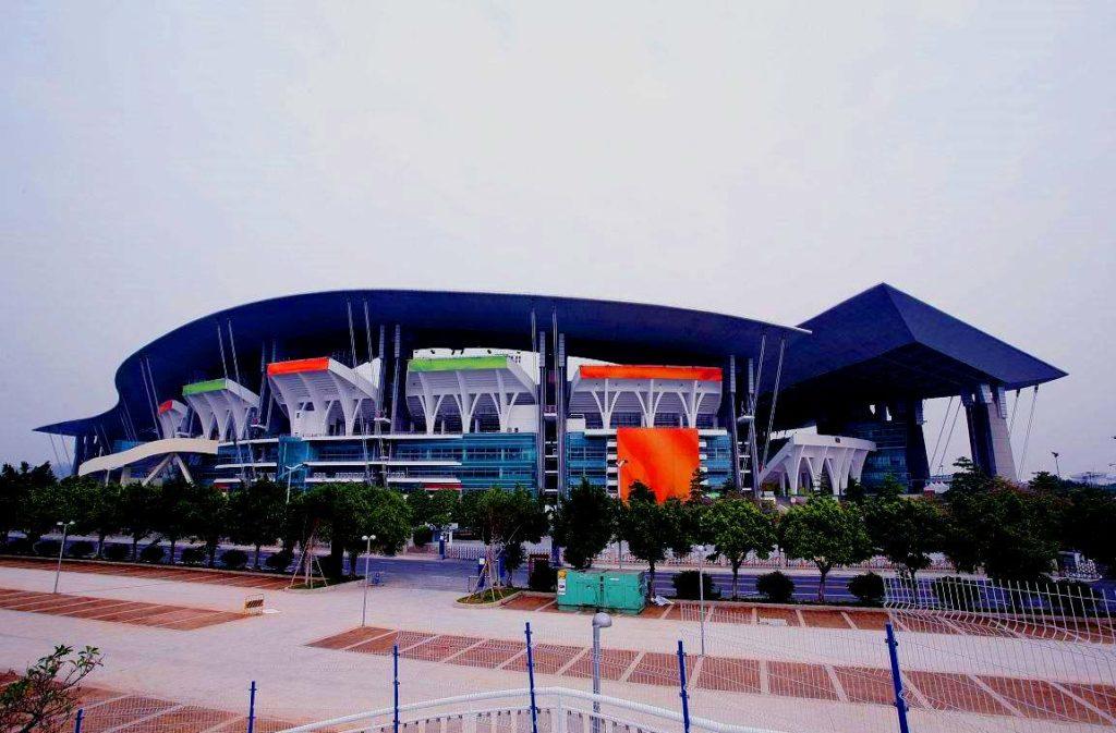 Олимпийский стадион в Гуанчжоу, Китай