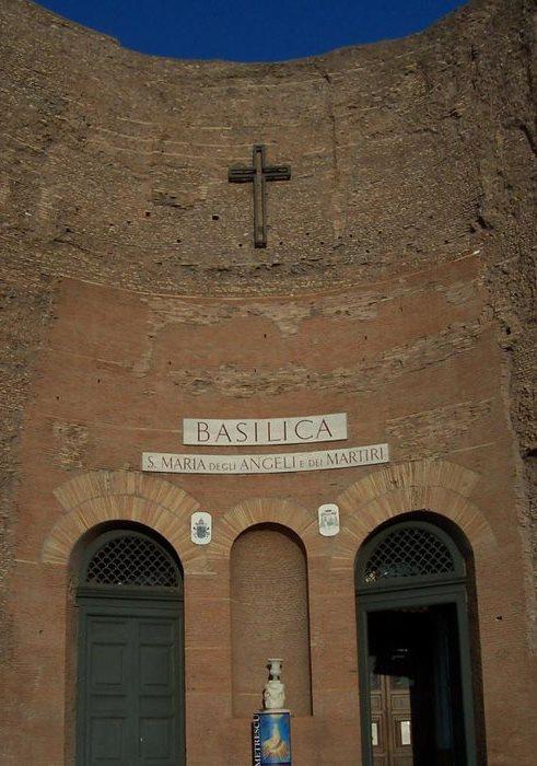 Санта-Мария-дельи-Анджели в Риме Италия