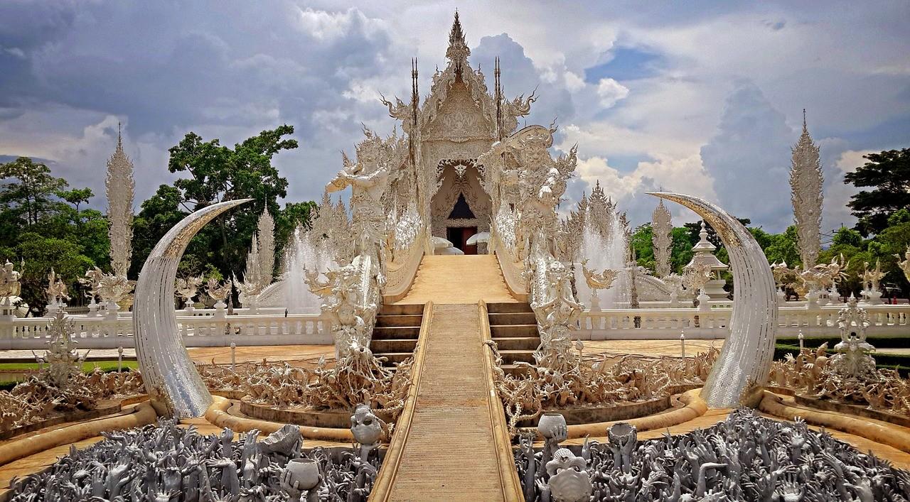 Белый Храм в Чианг Рае, Таиланд