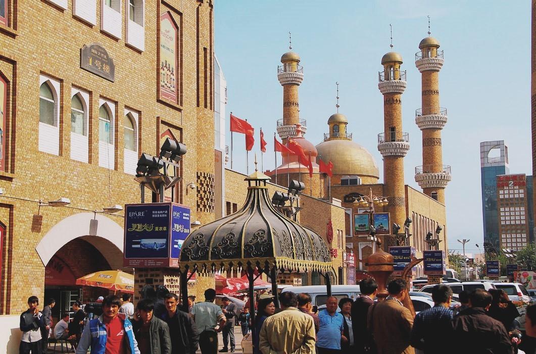 Большой международный базар Синьцзяна, Урумчи, Китай