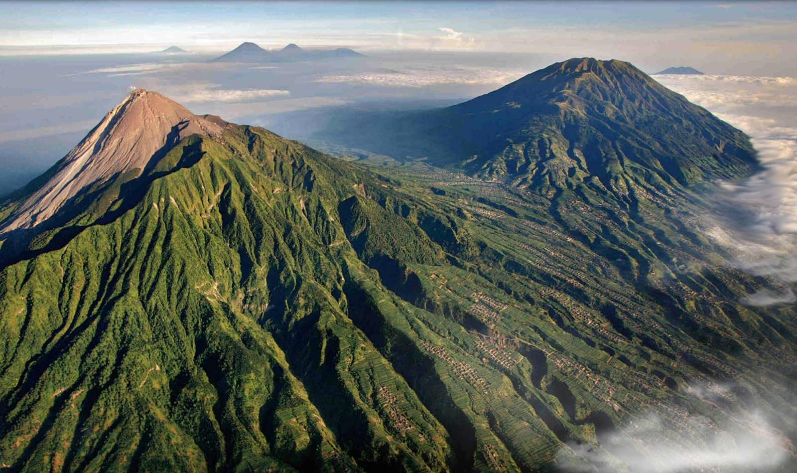 Гора мерапи, Индонезия