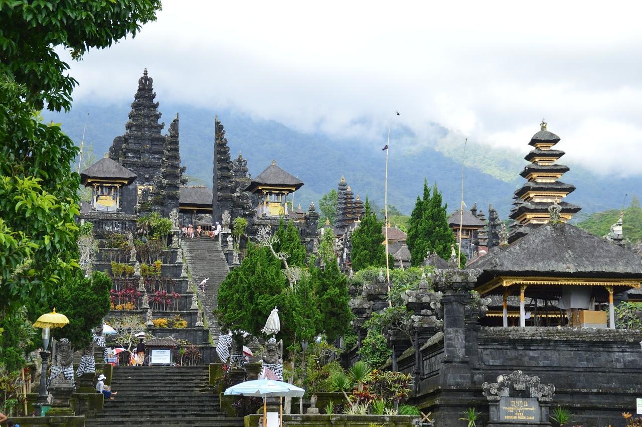 Храм Бесаких, Остров Бали, Индонезия