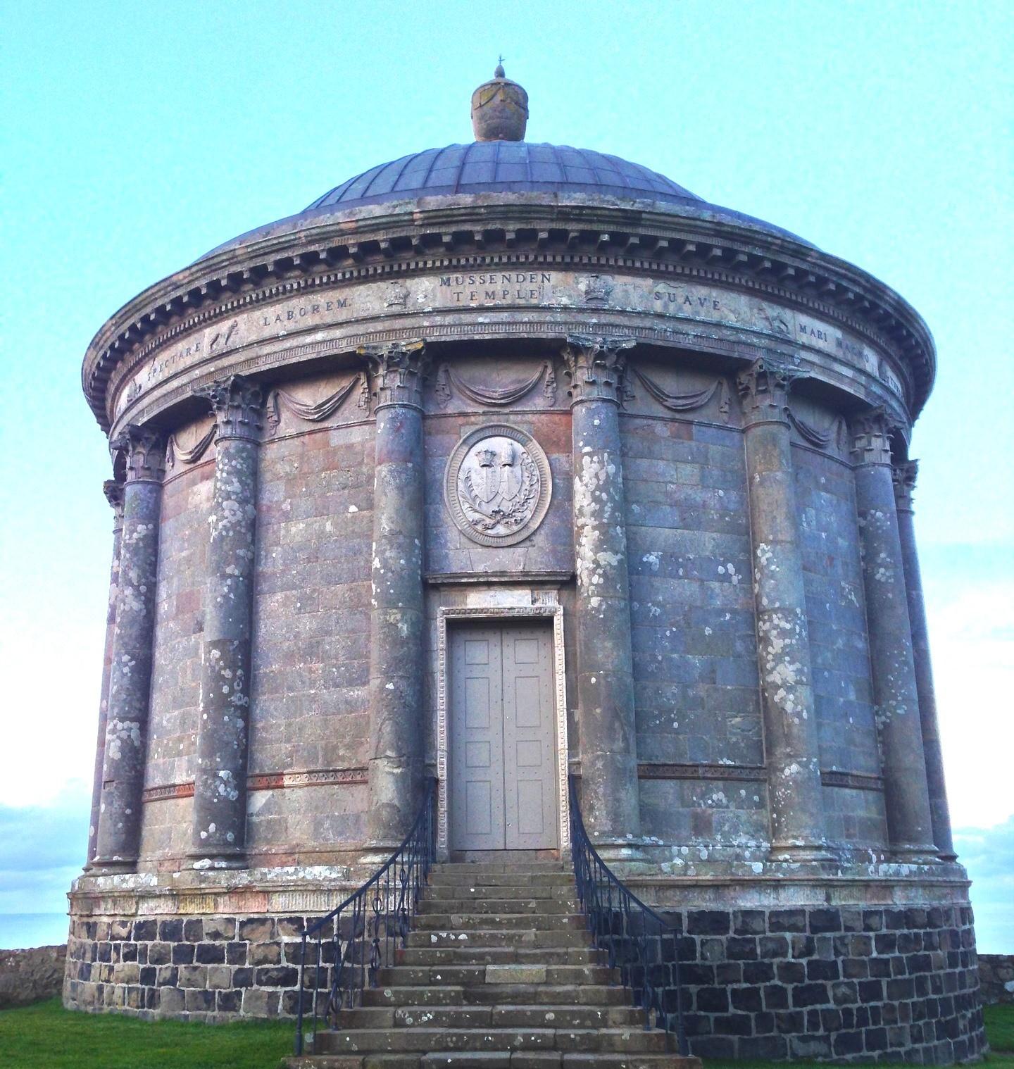 Храм Муссенден (Mussenden Temple) Северная Ирландия