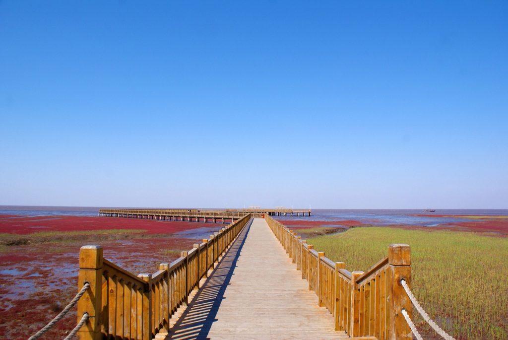 Красный пляж, Китай