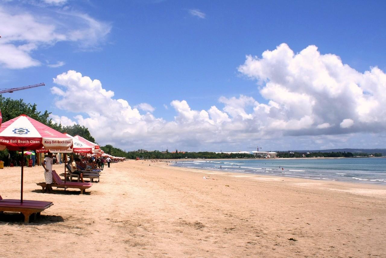 Кута, Бали, Индонезия, сухой сезон
