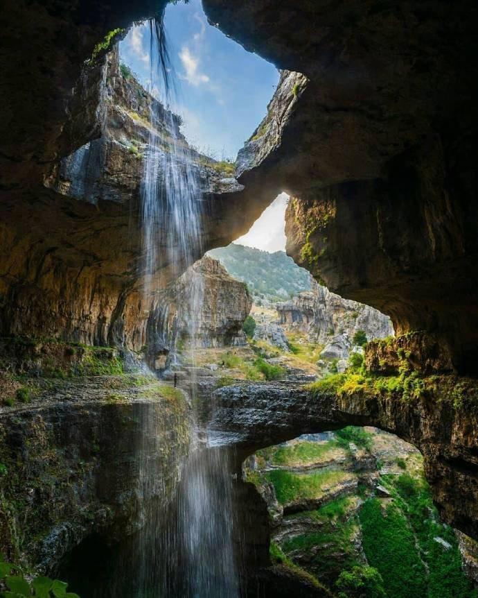 Ливан, Ущелье Баатара, водопад