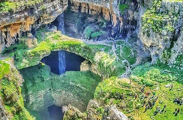 Пещера трех мостов, водопад Баатара, Ливан