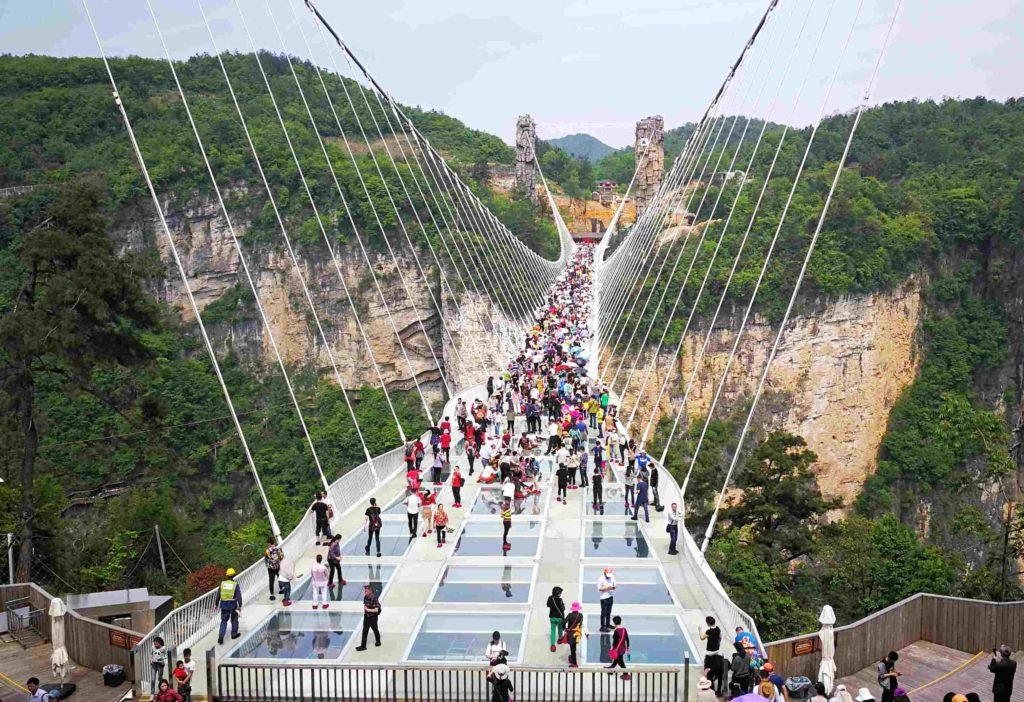 Стеклянный мост, горы аватара, Чжанцзяцзе, Китай