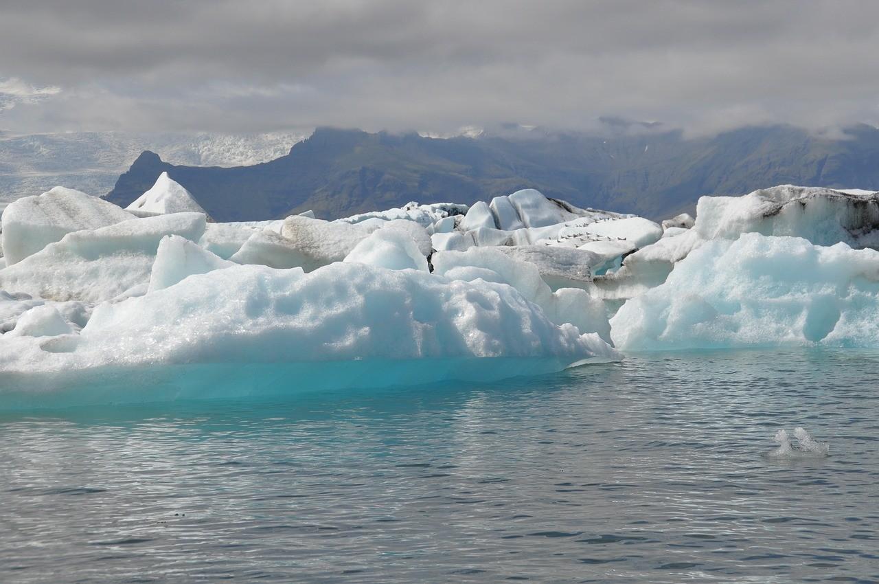 ледниковая лагуна Йокулсарлон, исландия