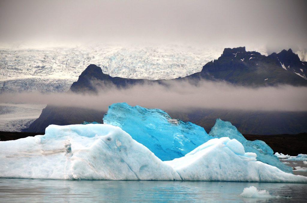 Ледниковая лагуна Йокулсарлон или Лагуна Айсбергов, Исландия