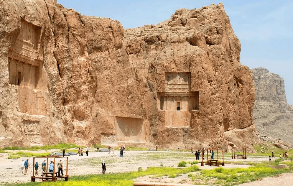 Некрополь или Накш-э Ростам, Шираз, Иран