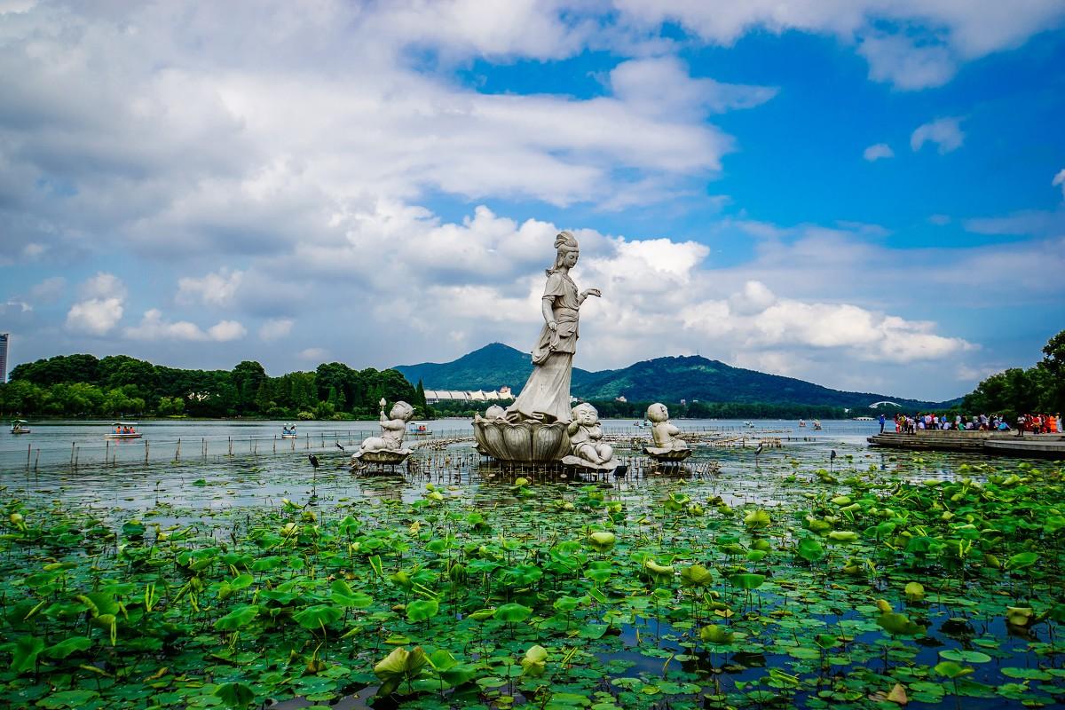 Озеро Суаньу, Нанкин, Китай