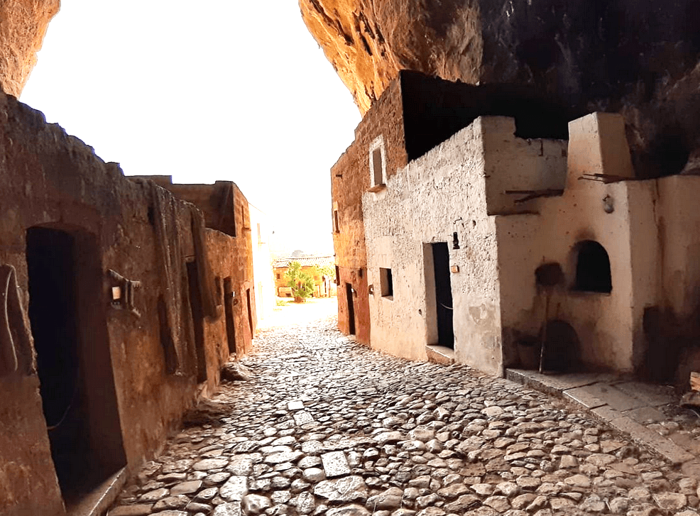 Пещеры Мангиапане, Сицилия