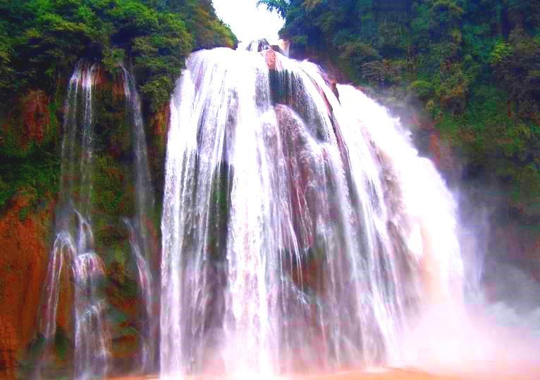 Водопад Дэ Шуй, Куньмин, Китай