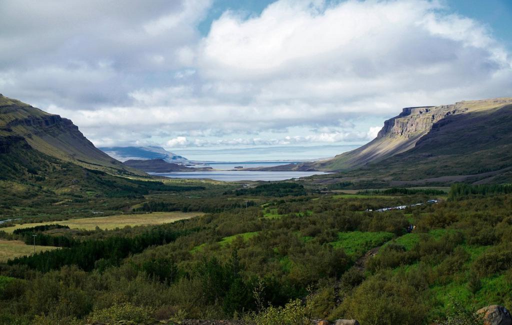 Водопад Глимур в Исландии