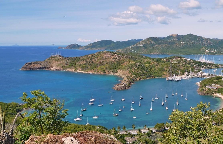 Антигуа и Барбуда, Карибский бассейн, Америка