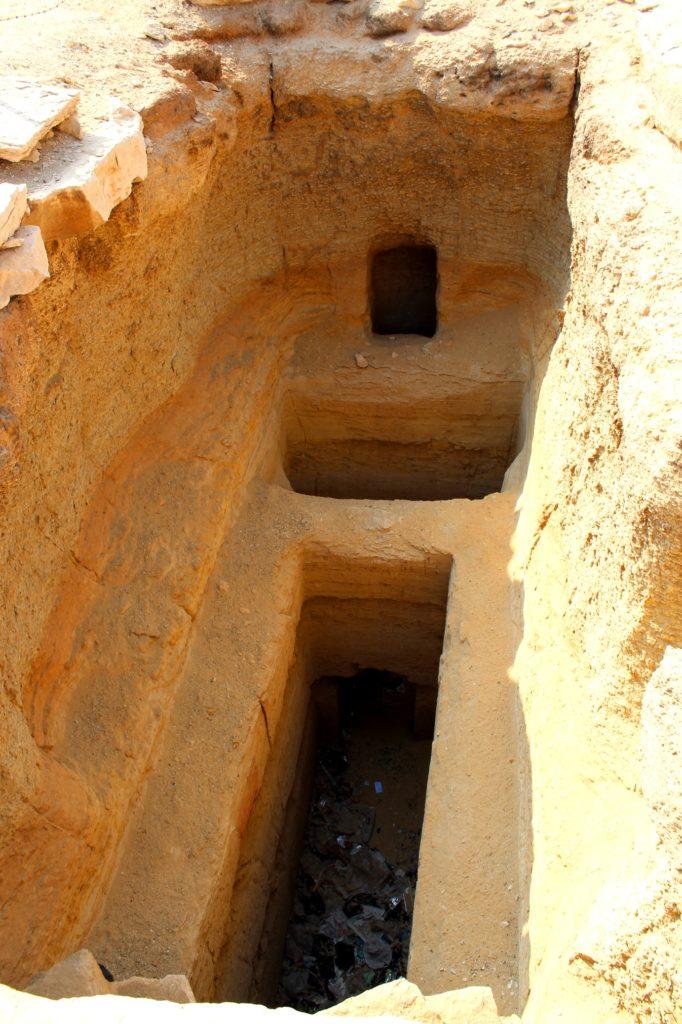 Колодец для погребения, Саккара, Египет