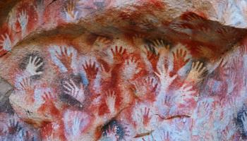 7 мест мира, где можно увидеть наскальные рисунки древнего человека
