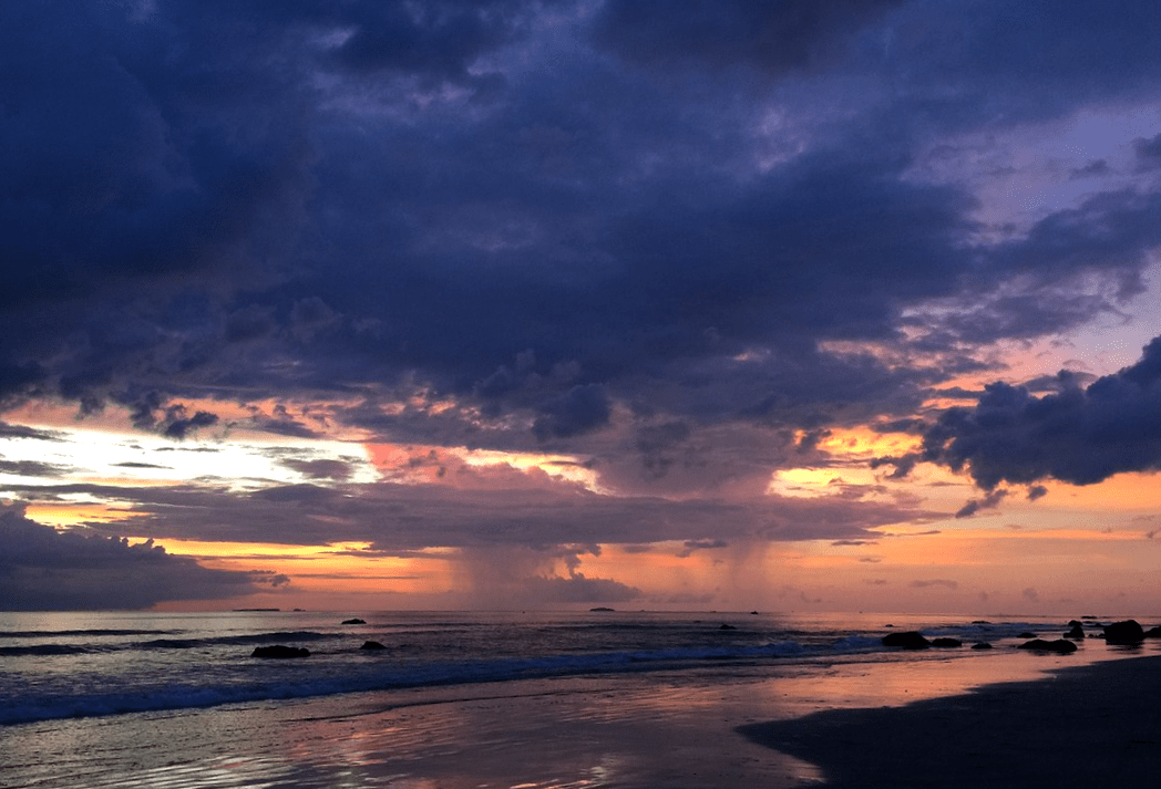 саунг пляж Мьянма закат