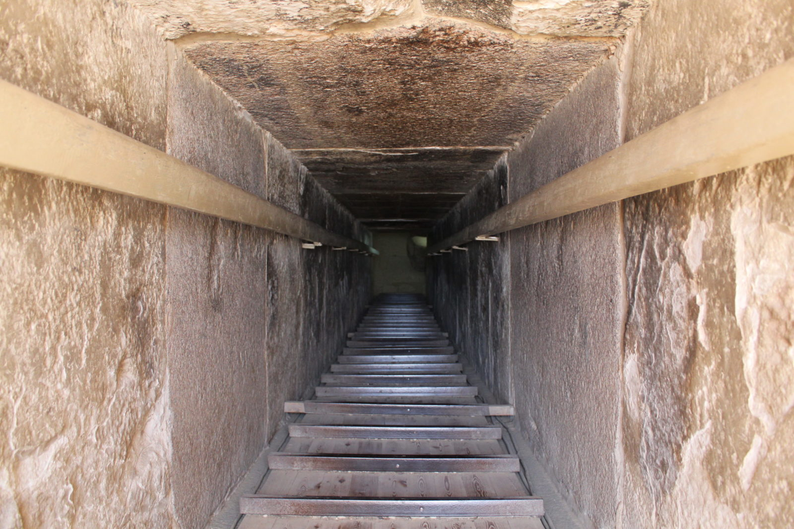 пирамида унаса спуск внутрь, саккара, египет