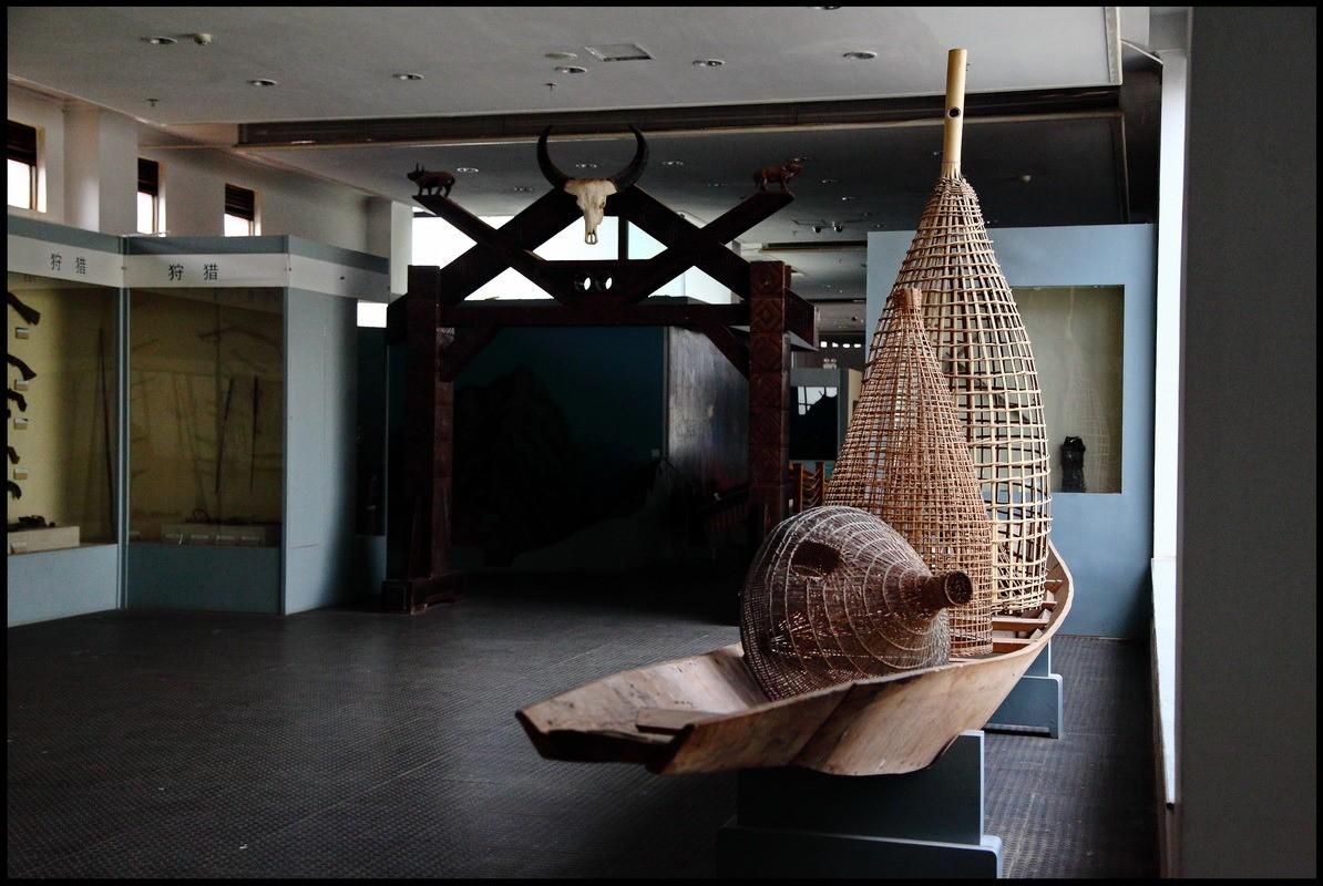 Музей национальностейпровинции Юньнань, Куньмин, Китай