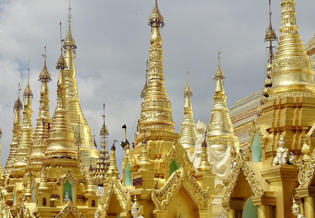 Пагода Шведагон в Янгоне, Мьянма