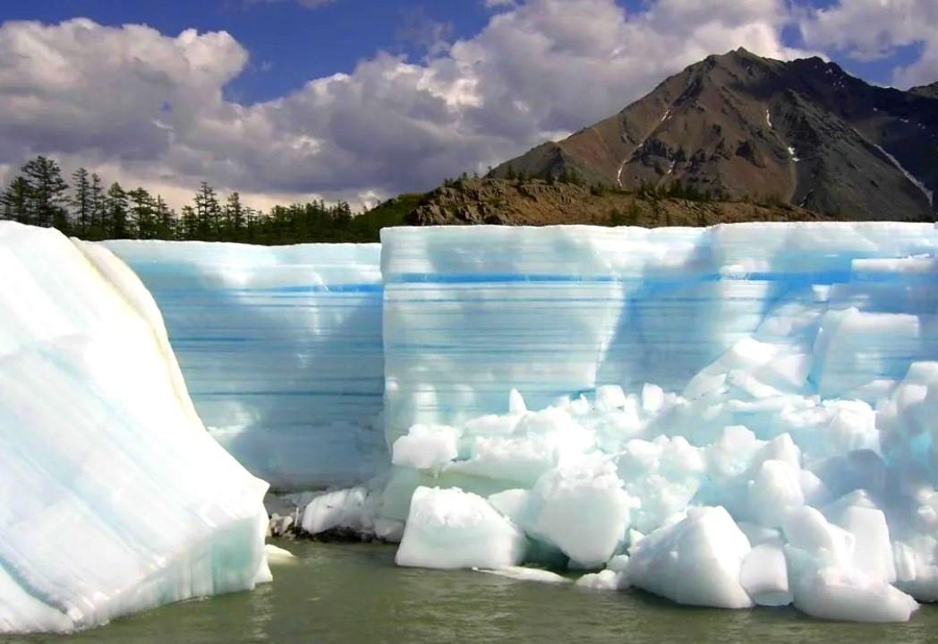 Ледник Булуус, Якутия